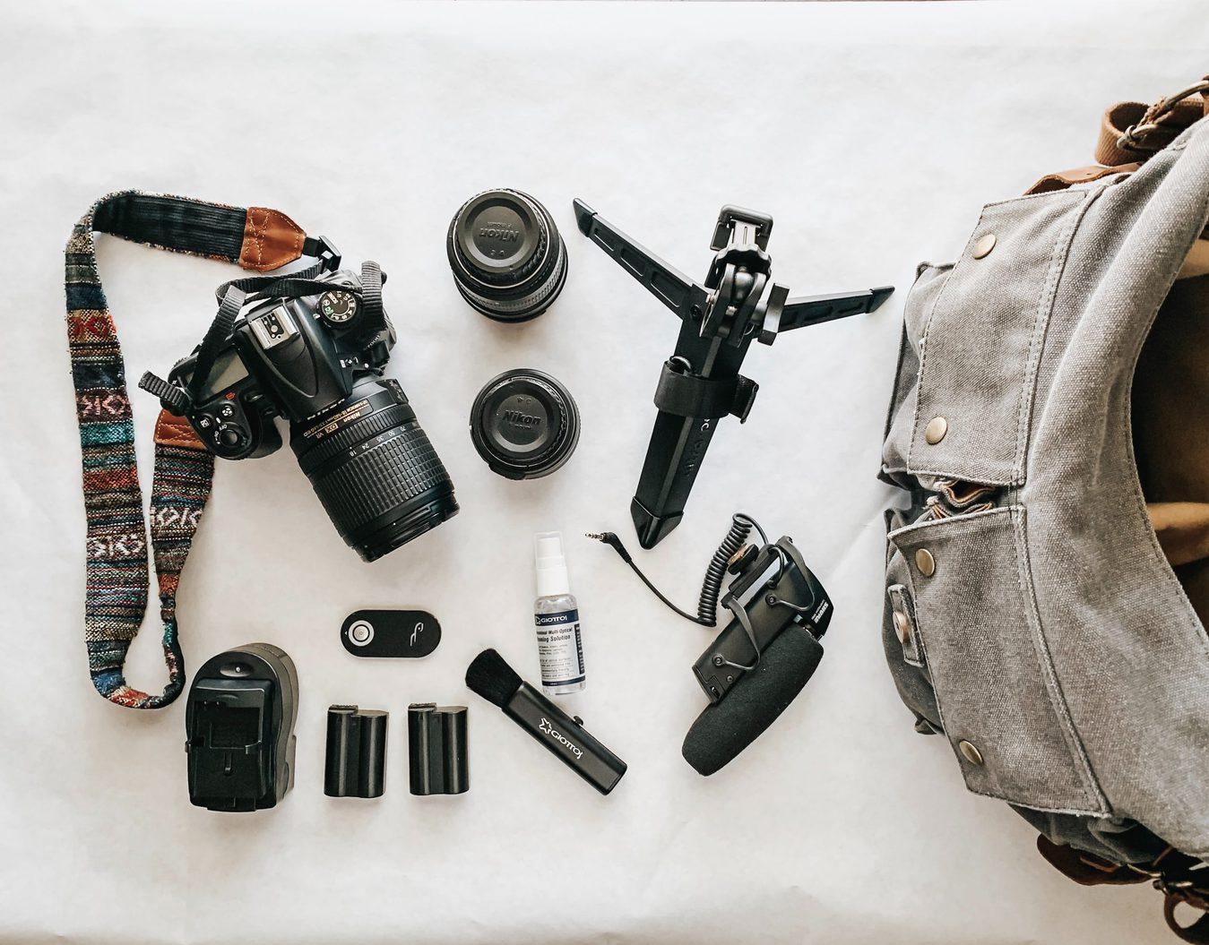 digital-camera-lens-equipment