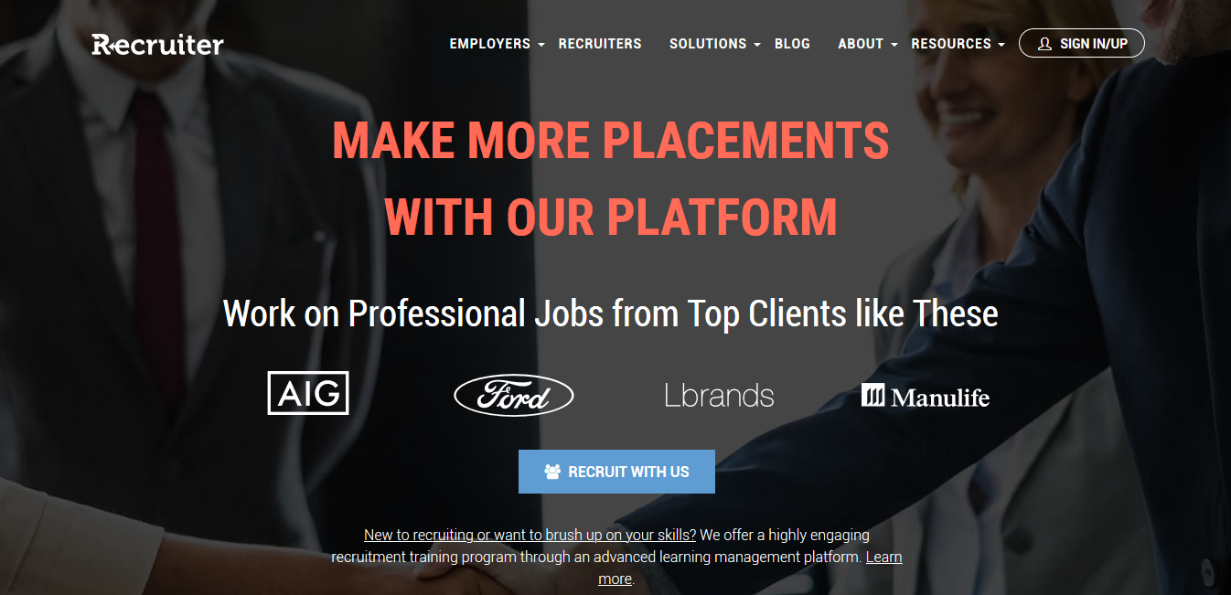 Using Recruiter website to hire travel agency employees.