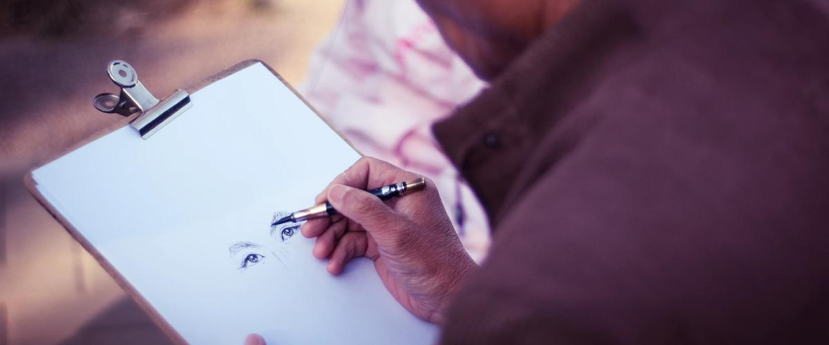 Illustrator making money online