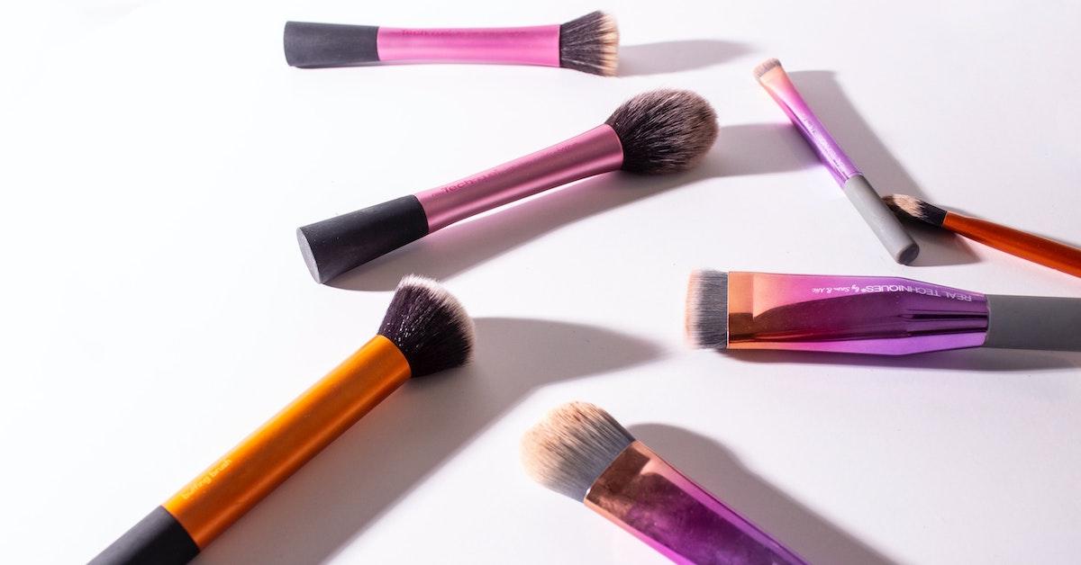 ferramentas de beleza facial na moda