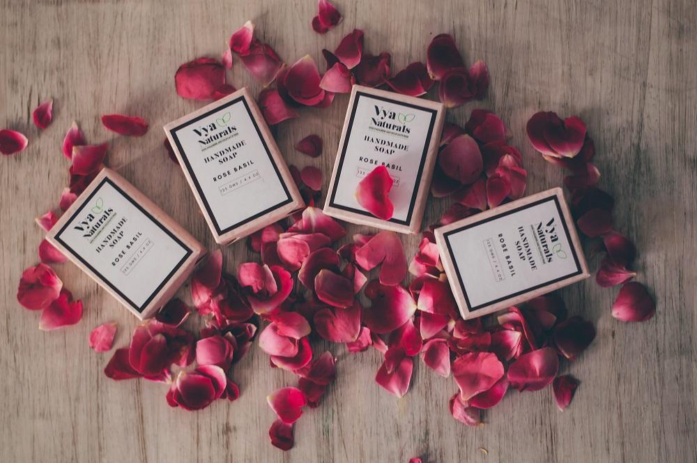 presentes de sabão de rosas embalados