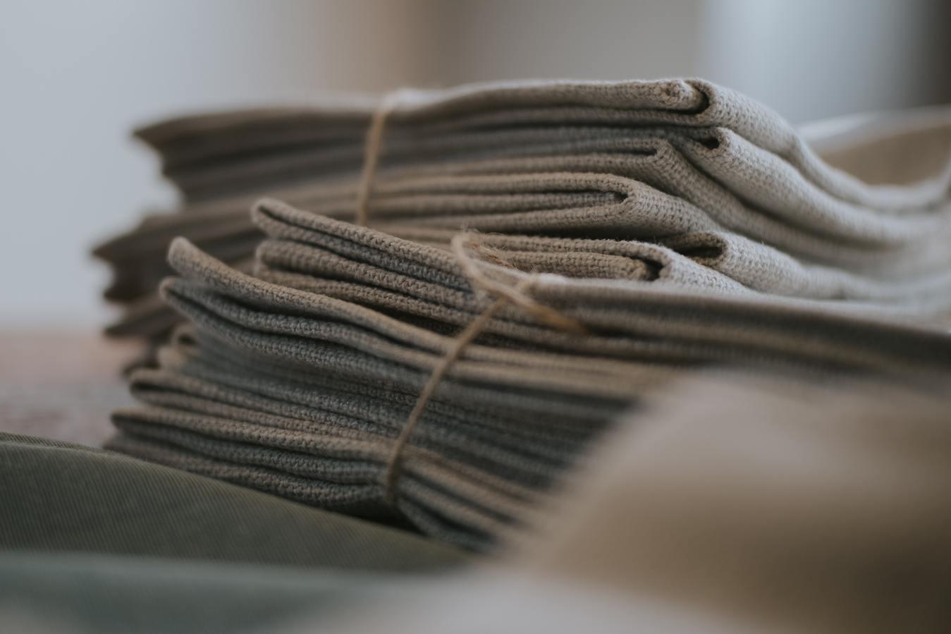 pilha de tecidos para estofamento