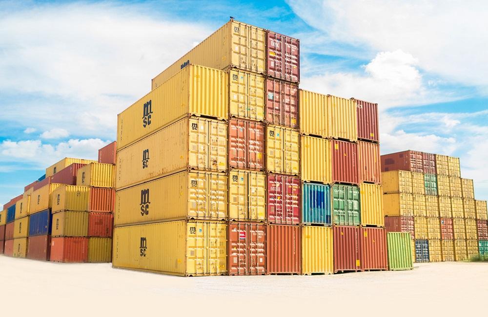 stapel zeecontainers