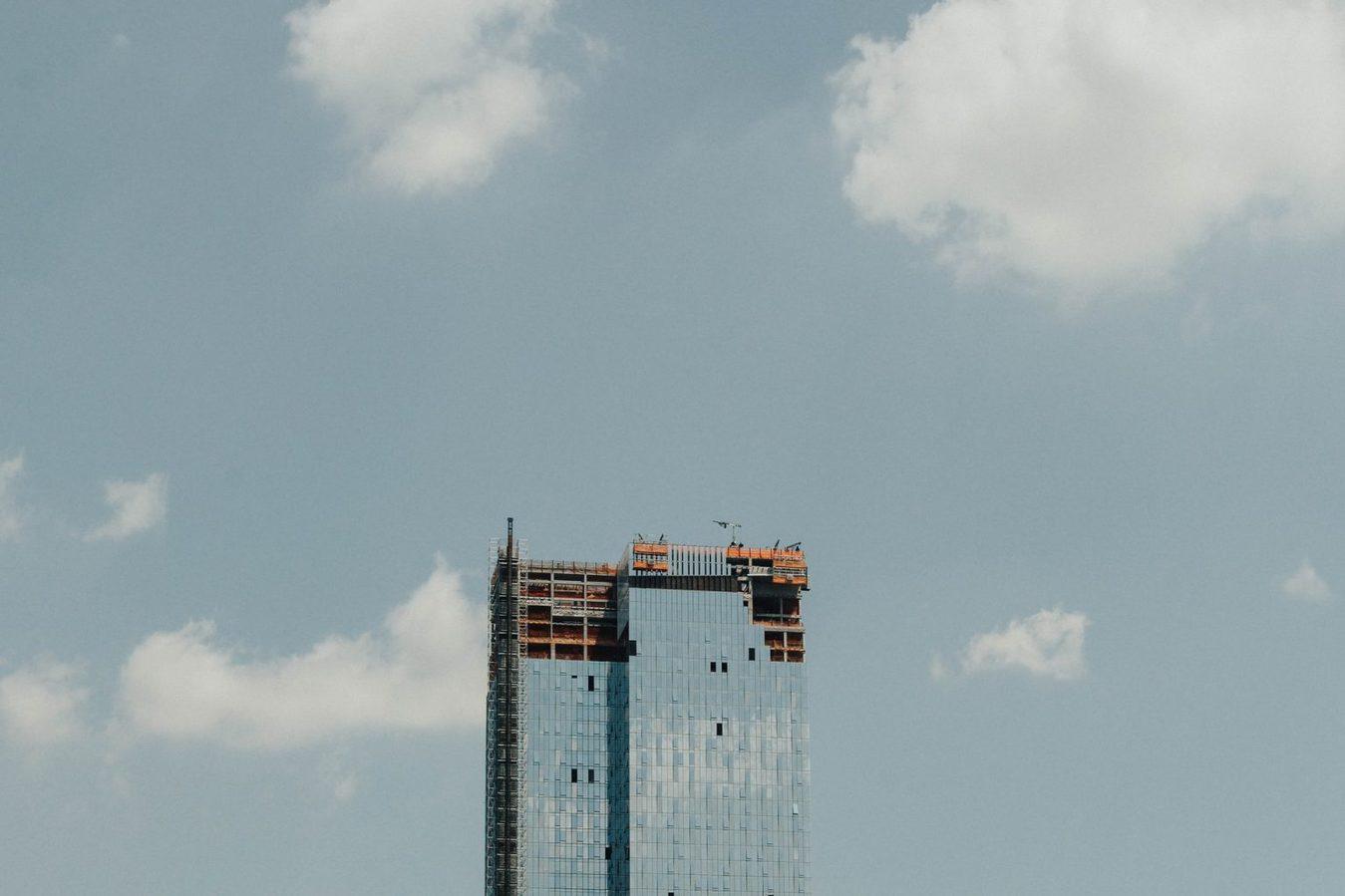Unfinished scyscraper