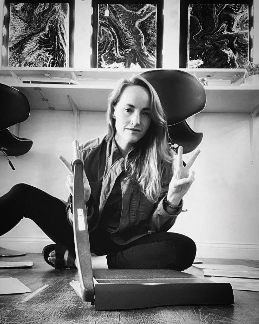 Chelsea Heimlich in Studio