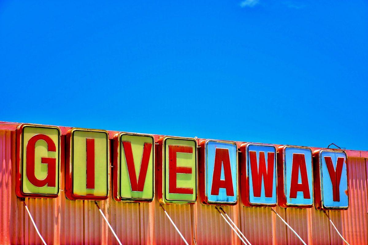 Cara meningkatkan traffic website dengan giveaway