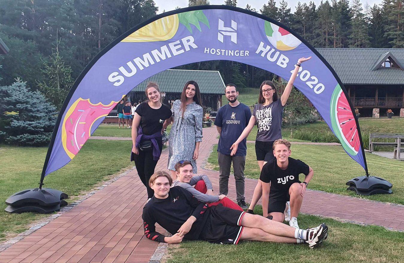 Customer Success Team - Zyro Summerhub
